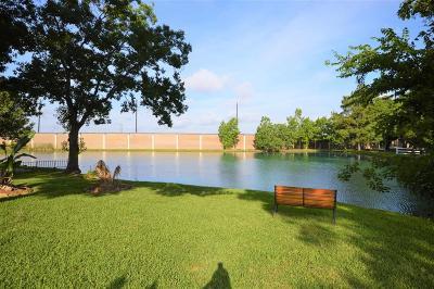 La Porte Single Family Home For Sale: 3411 Bayou Forest Drive