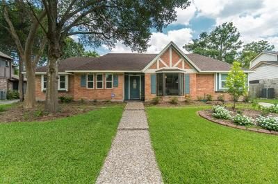 Houston Single Family Home For Sale: 15806 Larkfield Drive