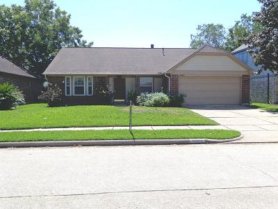 Friendswood Single Family Home For Sale: 15802 Pilgrim Hall Drive