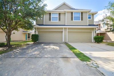 Humble Condo/Townhouse For Sale: 17607 Kennesaw Mountain Lane