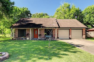 Alvin Single Family Home For Sale: 94 Shady Oak Court