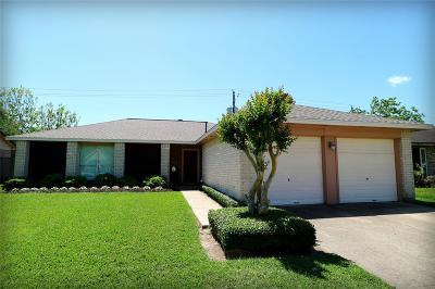 La Porte Single Family Home For Sale: 5621 Stone Creek Drive