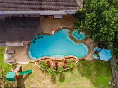 La Porte Single Family Home For Sale: 9206 Wichita Drive
