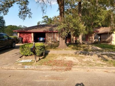 Single Family Home For Sale: 9630 N Hillis Street N