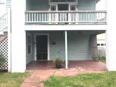 Galveston Rental For Rent: 911 11th - Lower Unit Street