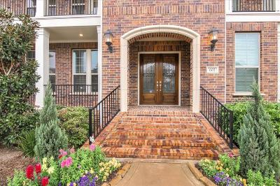 Sugar Land Condo/Townhouse For Sale: 602 Imperial Boulevard