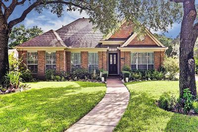 Sugar Land Single Family Home For Sale: 1107 Whisper Trace Lane