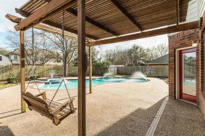 Lake Jackson Single Family Home For Sale: 215 Mango