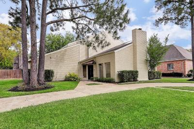 Houston Single Family Home For Sale: 11626 Brookspring Drive