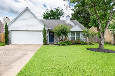 Single Family Home For Sale: 18242 Brooknoll Drive