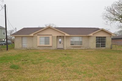San Leon Single Family Home For Sale: 2437 E Fm 517