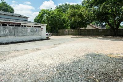 Residential Lots & Land For Sale: 1132 E 11th Street