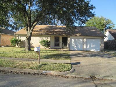 La Porte Single Family Home For Sale: 10111 Rustic Rock Road