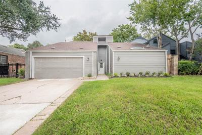Houston Single Family Home For Sale: 14122 Briarhills Parkway