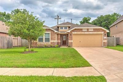 Alvin Single Family Home For Sale: 227 Midtown Park Drive