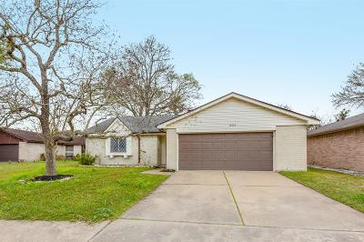 Sugar Land Single Family Home For Sale: 14222 Towne Way Drive