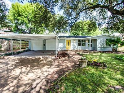 Houston Single Family Home For Sale: 4414 Brookwoods Drive