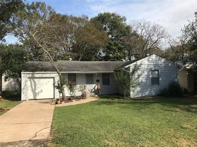 La Porte Single Family Home For Sale: 611 S Idaho Street