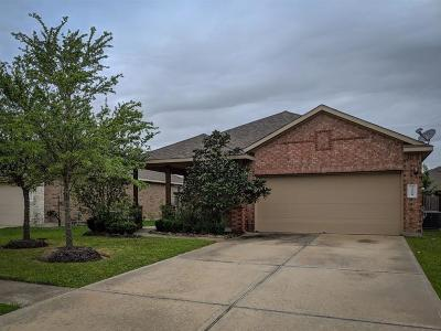 Dickinson Single Family Home For Sale: 3228 Doves Nest Court