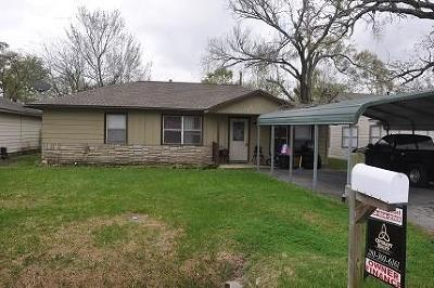 La Porte Single Family Home For Sale: 708 S Nugent St Street