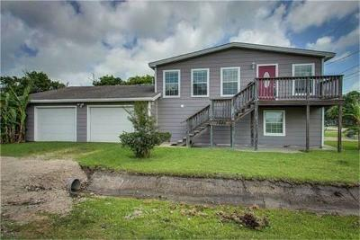 San Leon TX Single Family Home For Sale: $239,900