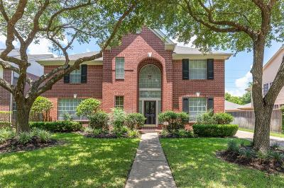 Sugar Land Single Family Home For Sale: 2326 Plantation Bend Drive