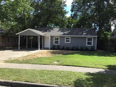 Pasadena Single Family Home For Sale: 504 Burke Road