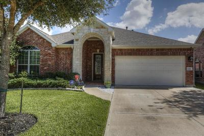 Pearland Single Family Home For Sale: 2319 Canyon Springs Drive