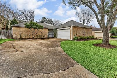 Houston Single Family Home For Sale: 12526 Rocky Knoll Drive