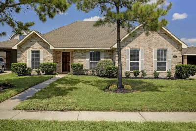 Pearland Single Family Home For Sale: 11503 Rashell Way