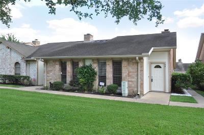 Missouri City Condo/Townhouse For Sale: 56 T Huxley Lane