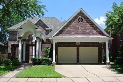 Sugar Land Single Family Home For Sale: 2726 Saint Annes Drive