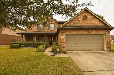 Rosenberg Single Family Home For Sale: 8702 S Rockyknoll Lane
