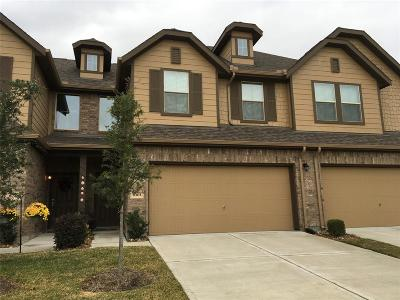 Condo/Townhouse For Sale: 8303 Hawthorn Valley Lane