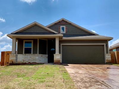 Willis Single Family Home For Sale: 14449 Weir Creek Road