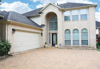 Sugar Land Single Family Home For Sale: 14203 Ingham Court