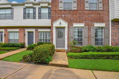 Sugar Land Condo/Townhouse For Sale: 2930 Grants Lake Boulevard #2202