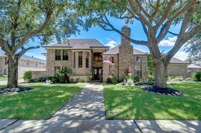 Pasadena Single Family Home For Sale: 6826 Cedar Point Drive