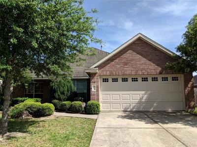 Humble Single Family Home For Sale: 9518 Water Edge Point Lane