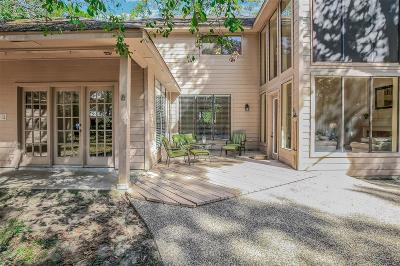 The Woodlands Single Family Home For Sale: 3 E Sunlit Forest Drive
