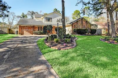 Friendswood Single Family Home For Sale: 408 Colonial Drive