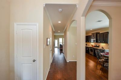 Spring Single Family Home For Sale: 5107 Wilting Oak Lane