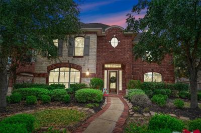 Single Family Home For Sale: 18122 E Allen Shore Drive