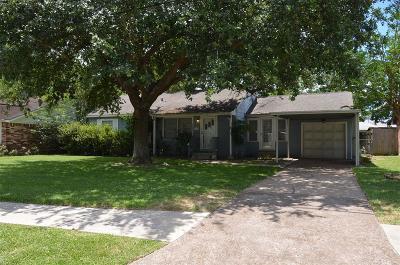 Deer Park Single Family Home For Sale: 202 W 5 Street