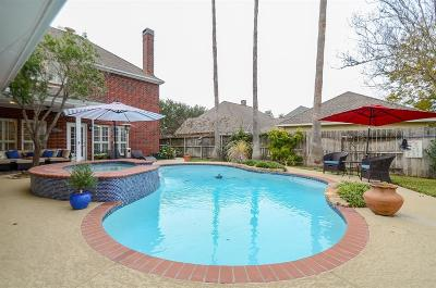 Sugar Land Single Family Home For Sale: 7019 Greatwood Trails Court