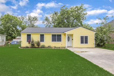 Deer Park Single Family Home For Sale: 7418 W Temperance Lane