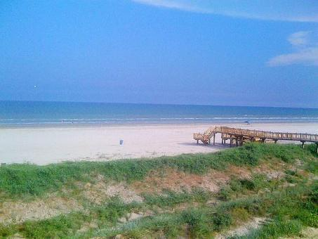 801 East Beach Drive Galveston Tx Mls 48196162 Homes For Lease Vacation Als