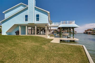 Tiki Island Single Family Home For Sale: 1830 Tiki Drive