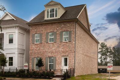 Shenandoah Single Family Home Pending: 251 Green Boulevard