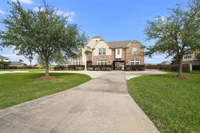 League City Single Family Home For Sale: 3946 Lake Star Drive